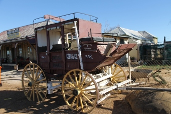 Middleton - Hotel and Cobb & Co Coach (Qld)