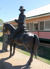 Camooweal - Drovers Monument (Qld)