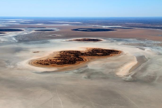 Lake Amadeus (NT)