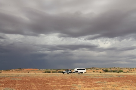 Car Repairs On The Oodnadatta Track (SA)