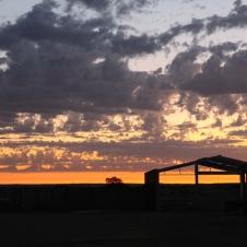 Marree - Drovers Run Tourist Park Sunset (SA)