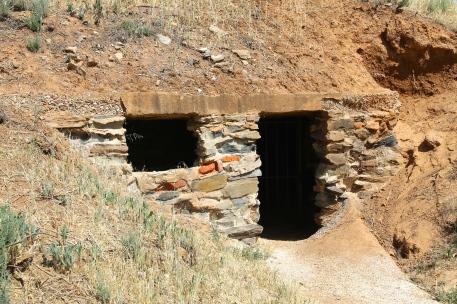 Burra - Miners Dugouts (SA)