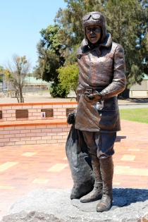 Minlaton - Captain Harry Butler Memorial (SA)