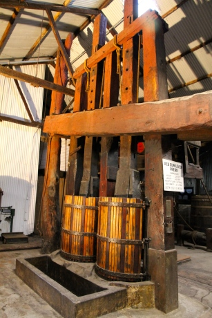 Langhorne Creek - Bleasdale Winery - Red Gum Lever Press (SA)