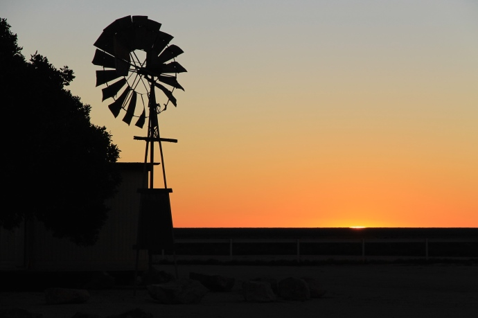 Nullarbor Roadhouse - Sunset (SA)