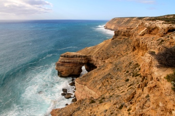 Kalbarri National Park - Coastal Cliffs - Natural Bridge (WA)
