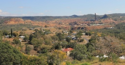 Mount Morgan - Township and Historic Gold Mine (Qld)