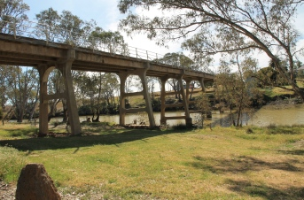 Laanecoorie - Bridge Over The Loddon River (Vic)