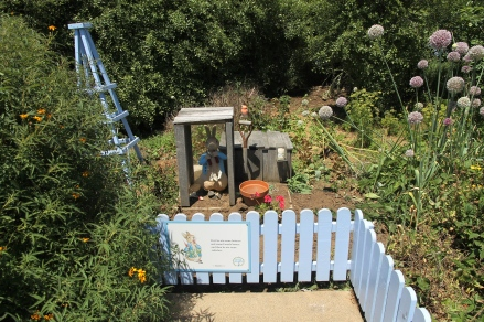 Riversdale Estate - Winery and Peter Rabbit Garden (Tas)