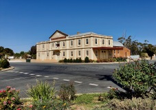 Lockhart - Soldiers Memorial Hall (NSW)